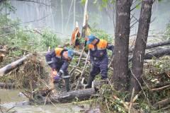 В Лазовском районе работают камчатские спасатели