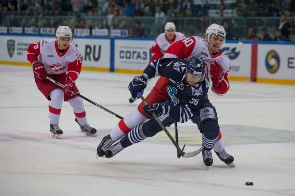 Приморский «Адмирал» потерпел первое поражение в сезоне