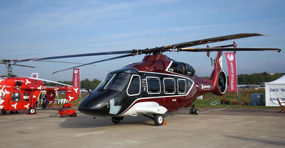 Новейший вертолет Ка-62 совершил первый перелет во Владивостоке