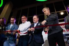 Светлаков открыл новый кинотеатр во Владивостоке