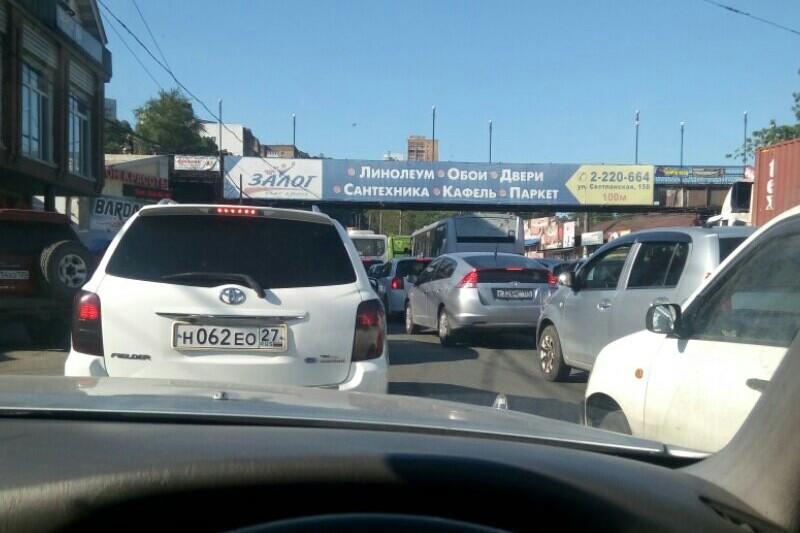 Владивосток сковали пробки