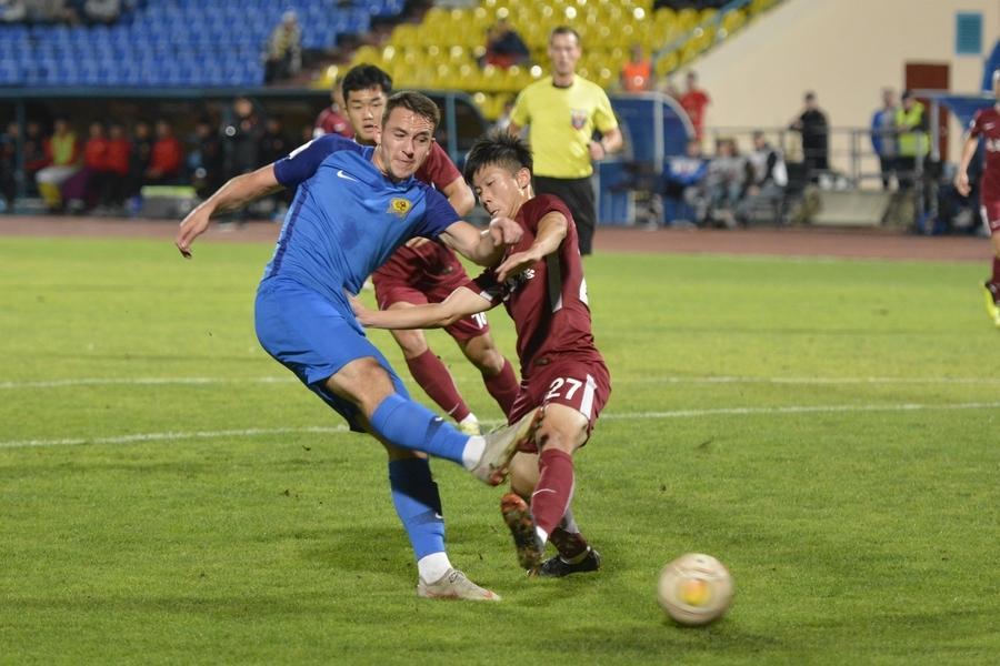 Владивостокский «Луч» обыграл «Яньбянь Фудэ» только в серии пенальти