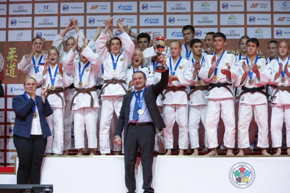 Турнир по дзюдо в Приморье выиграла сборная России