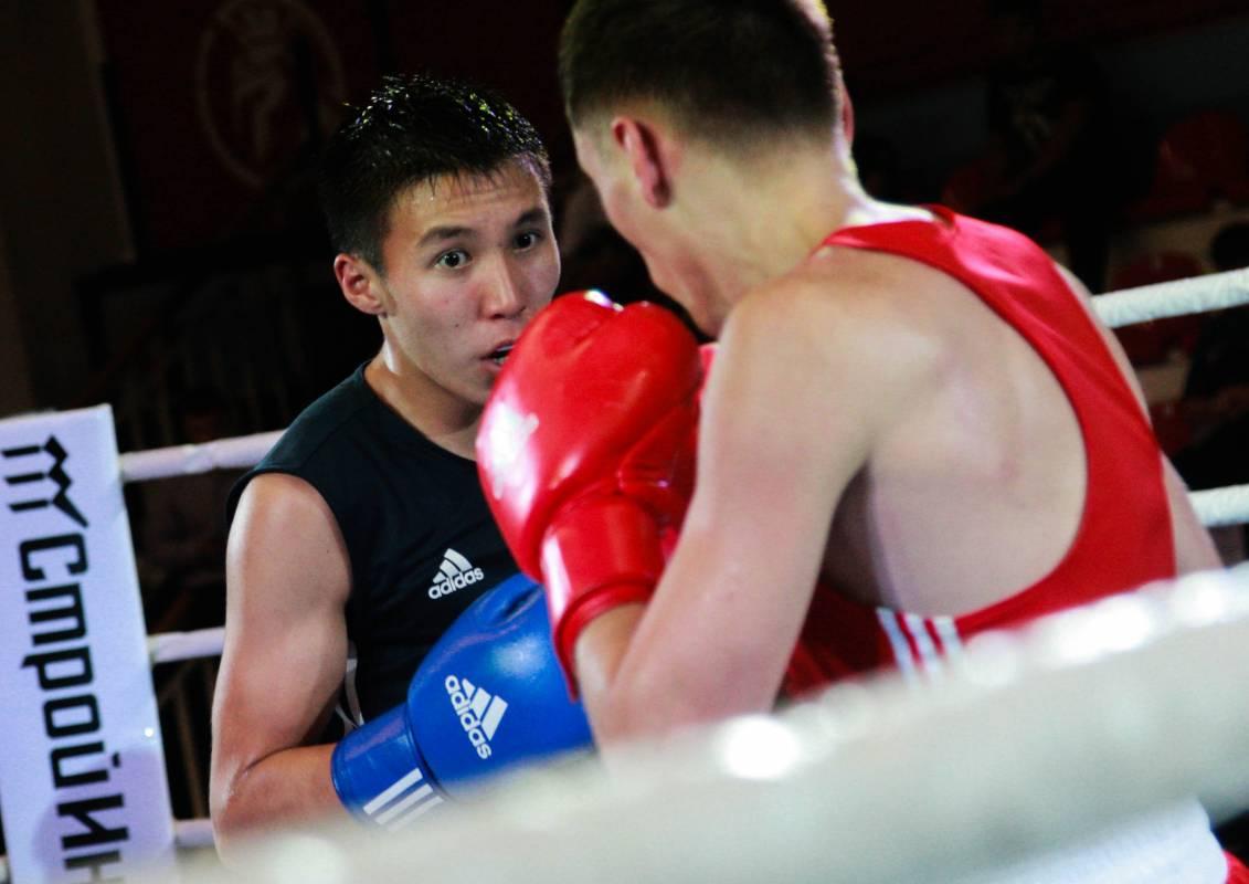 Во Владивостоке стартовал чемпионат ДВФО по боксу