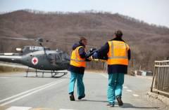 В Приморье вертолет санавиации перевез двухлетнюю девочку, отравившуюся неизвестным ядом
