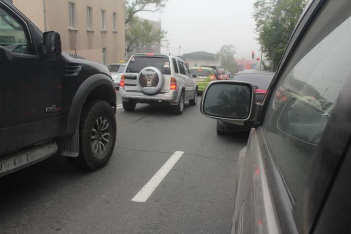 Аналитики выяснили, в какой день во Владивостоке была рекордно длинная пробка