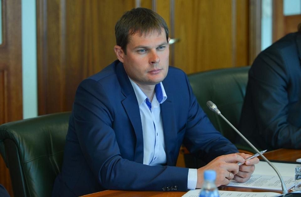 Суд изменил меру пресечения бывшему вице-губернатору Олегу Ежову