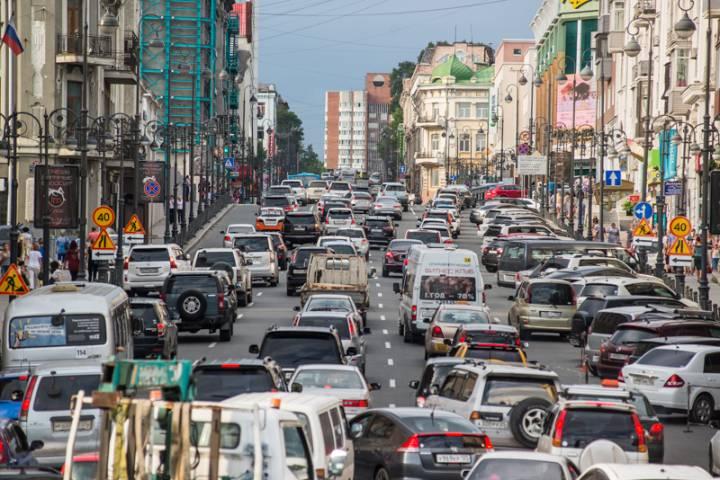 Всемирный день без автомобиля Владивосток отметил пробками