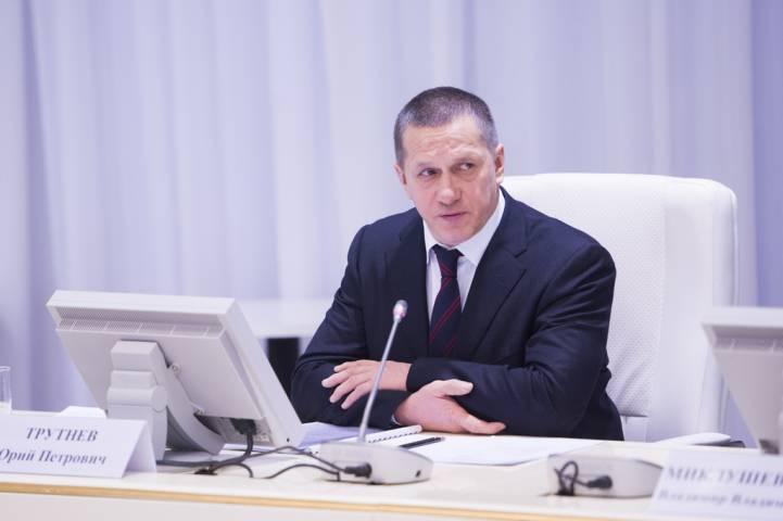 В Приморье прилетит Юрий Трутнев