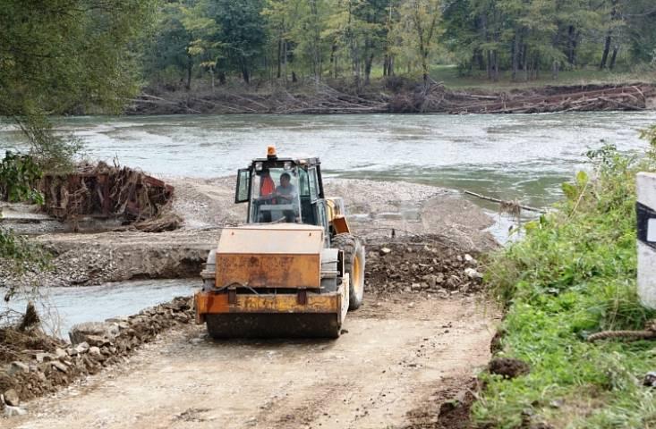 Механизированный мост соединит отрезанный поселок Приморья с «большой землей»