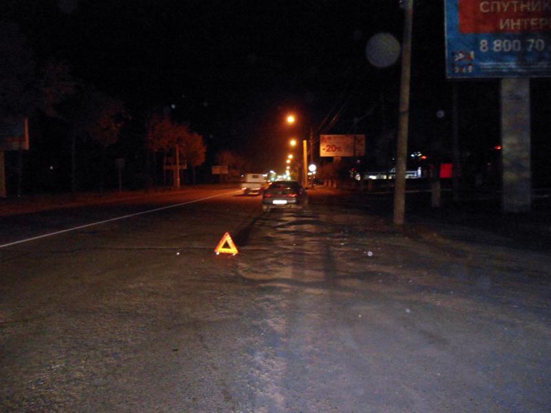 Переходившего дорогу в неположенном месте пешехода сбили в Приморье