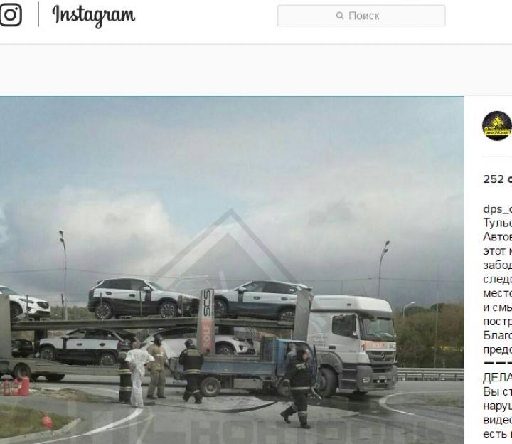 В поселке Угловое микрогрузовик протаранил автовоз