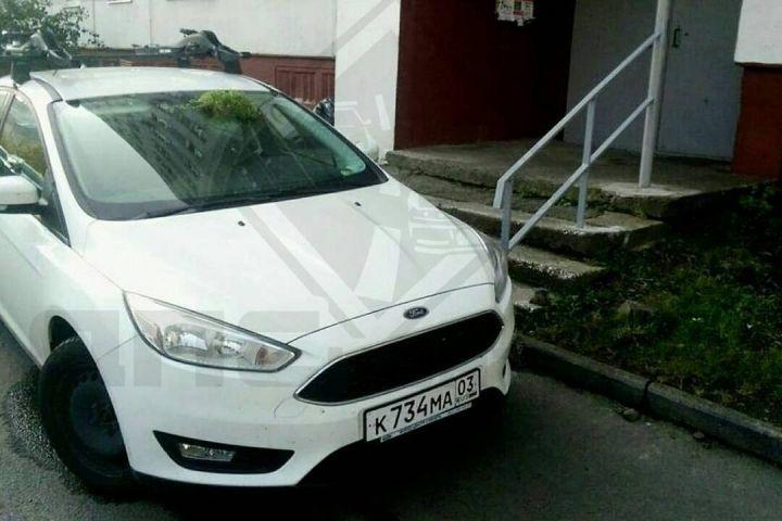 Необычная история с бурятским автомобилем и «травкой» произошла во Владивостоке