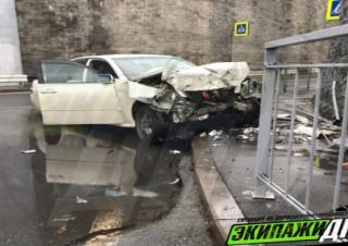 Погоня экипажа ДПС и Toyota Mark II во Владивостоке обернулась аварией