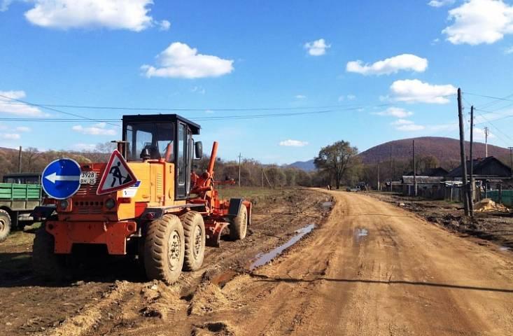 Дороги, пострадавшие от тайфуна в Чугуевском районе, будут восстановлены к концу ноября