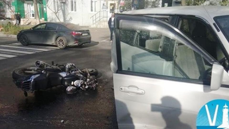 Во Владивостоке произошло смертельное ДТП с участием мотоциклиста