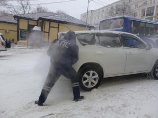 ГИБДД рекомендует приморским автолюбителям поменять летнюю резину на зимнюю