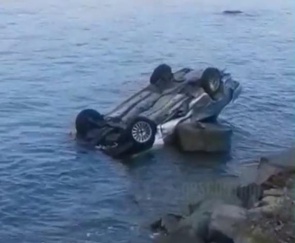 Разбитый автомобиль-«утопленник» обнаружен в Приморье