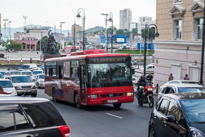 В Приморье началась охота на водителей автобусов