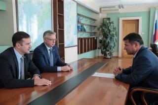 Врио губернатора Приморья и председатель Дальневосточного Сбербанка обсудили перспективы сотрудничества
