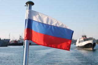 В порту Находка российские судовладельцы начали менять «удобные» флаги на национальный