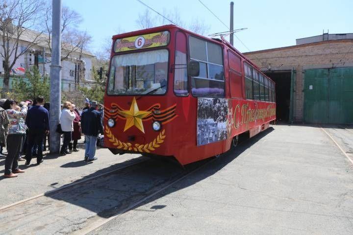 Владивостокцы требуют вернуть городу трамвай