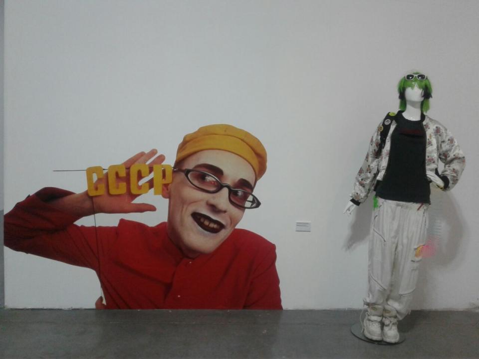 «Как по мне, это развал культурных ценностей»: во Владивостоке работает выставка «Ассы в массы»