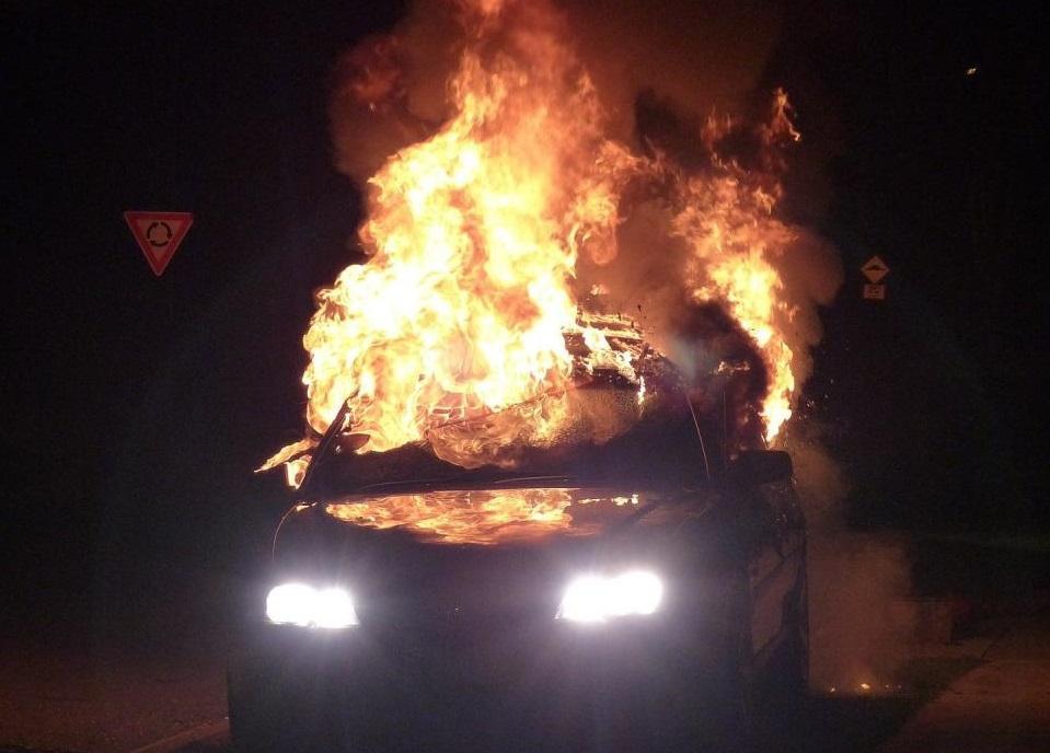 Во Владивостоке пройдет суд над поджигателями автомобилей