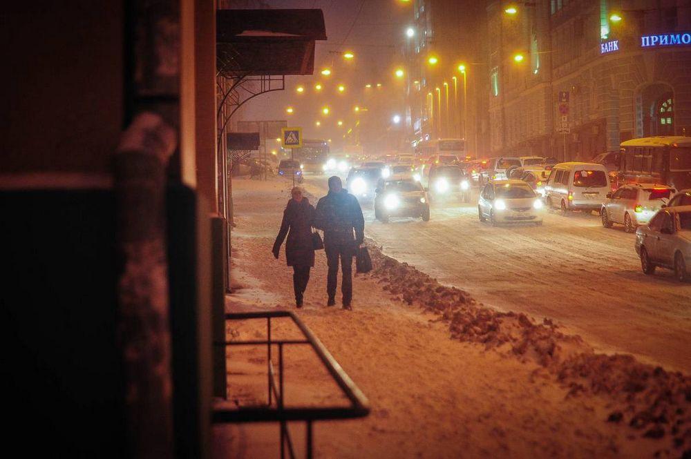 Снегопад накрыл Владивосток