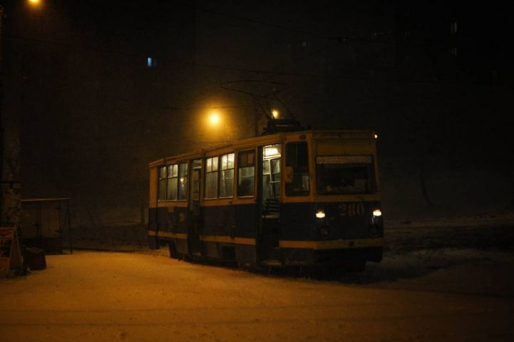 Во Владивостоке загорелся трамвай
