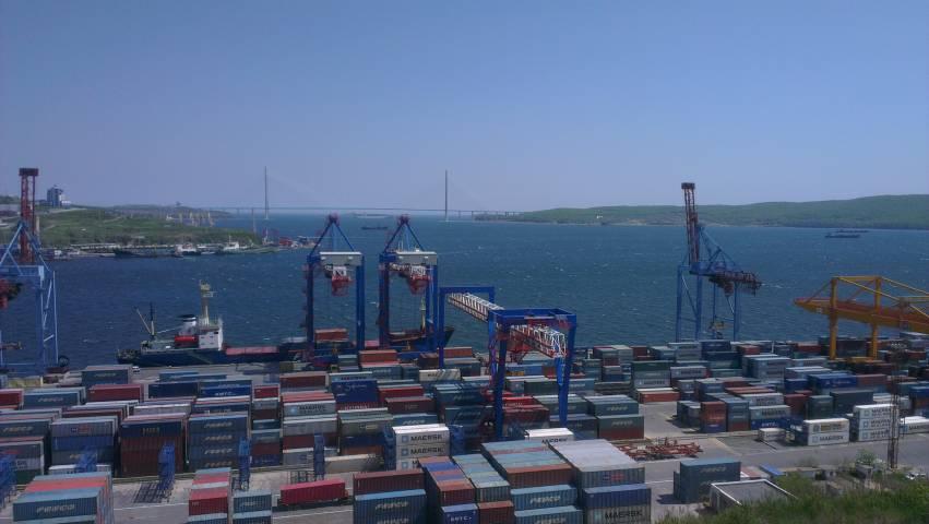 В свободном порту Владивосток упростится процедура контроля товаров и транспорта