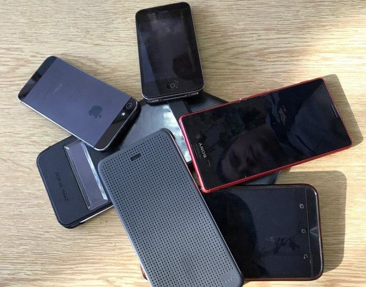 В Приморье осужденным пытались передать сотовые телефоны, спрятав их в КамАЗе