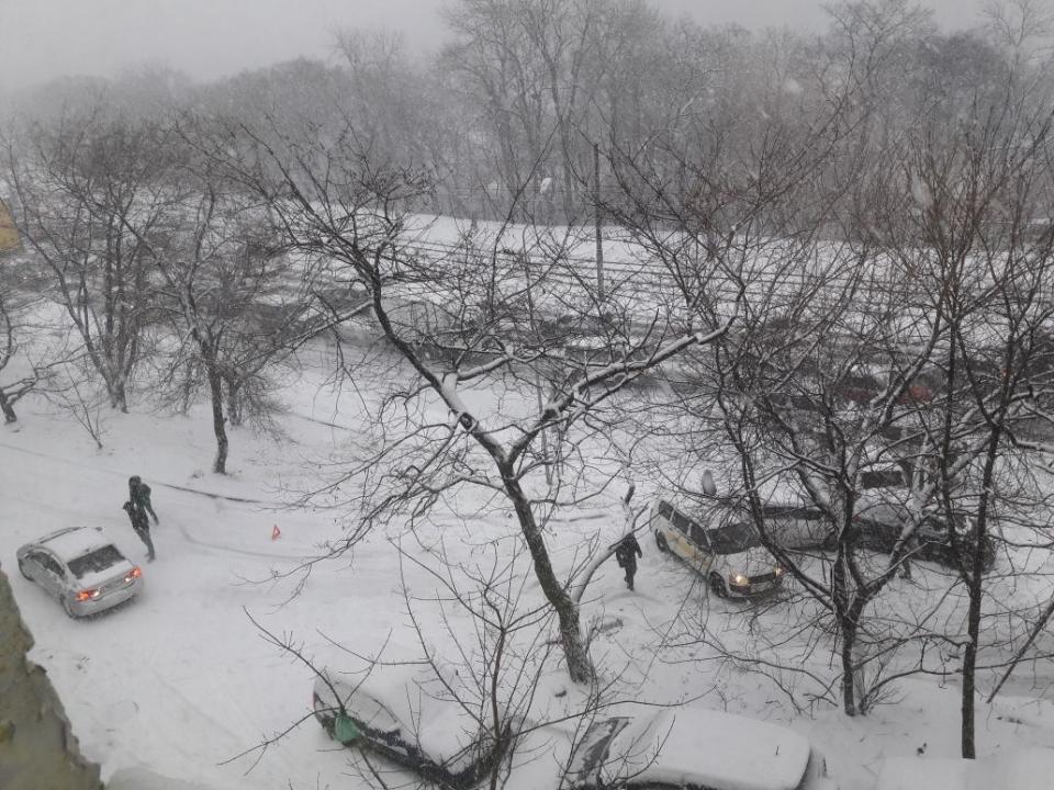 Шесть автомобилей столкнулись около парка Минного городка