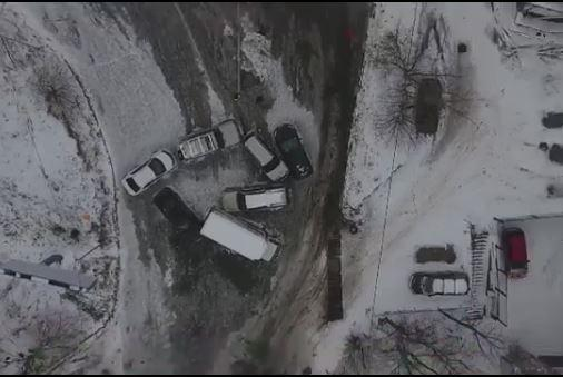 «Как после войны»: Владивосток показали с высоты после снегопада