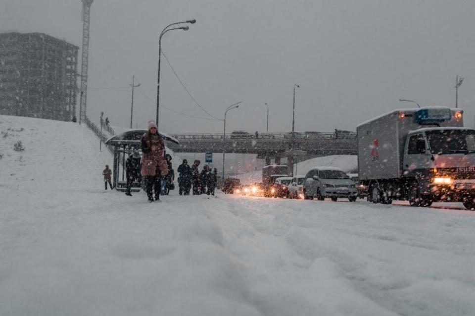 Приморские парламентарии обсудят ситуацию после снегопада во Владивостоке