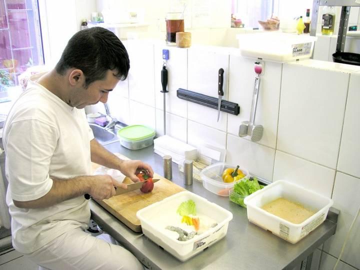 Копченая в бересте оленина или гречотто со сморчками: удивительная фермерская кухня покоряет приморцев