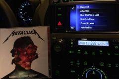 Новый диск Metallica поступил в продажу во Владивостоке