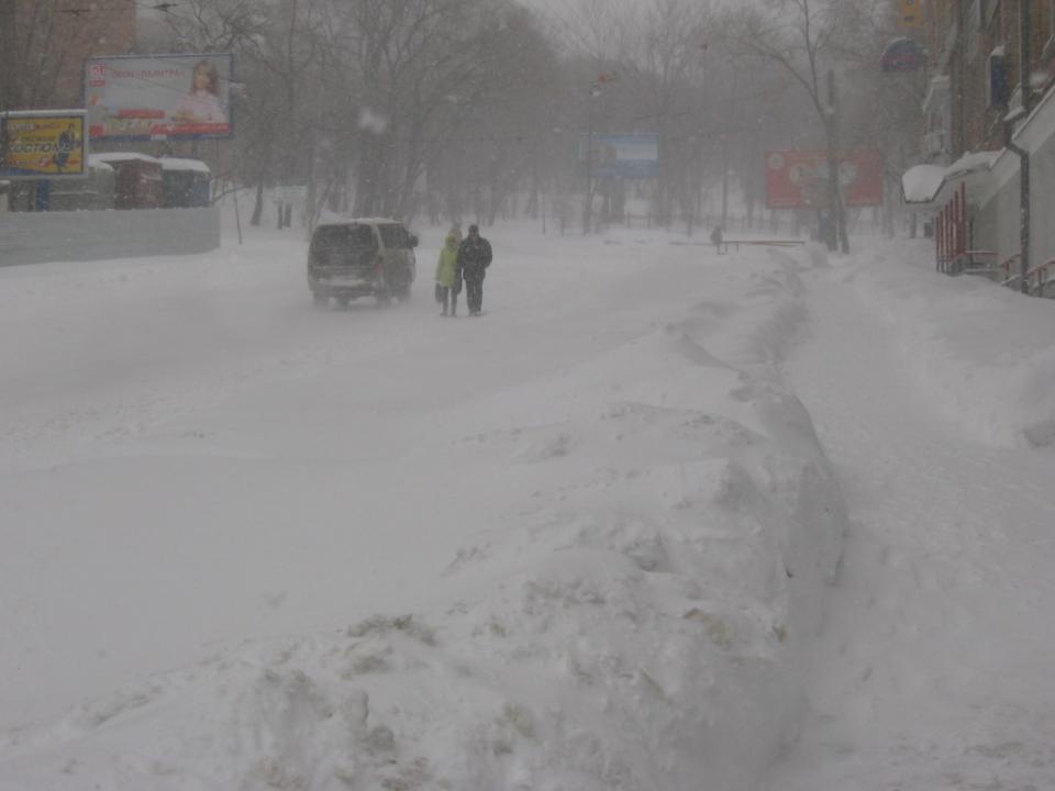 «Все плохо»: синоптики резко ухудшили прогноз по снегопаду во Владивостоке