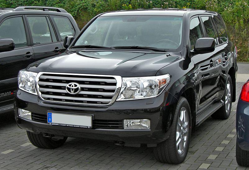 В Приморье депутат лишился Toyota Land Cruiser 200