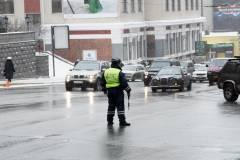 Виновника ДТП во Владивостоке приковали к столбу