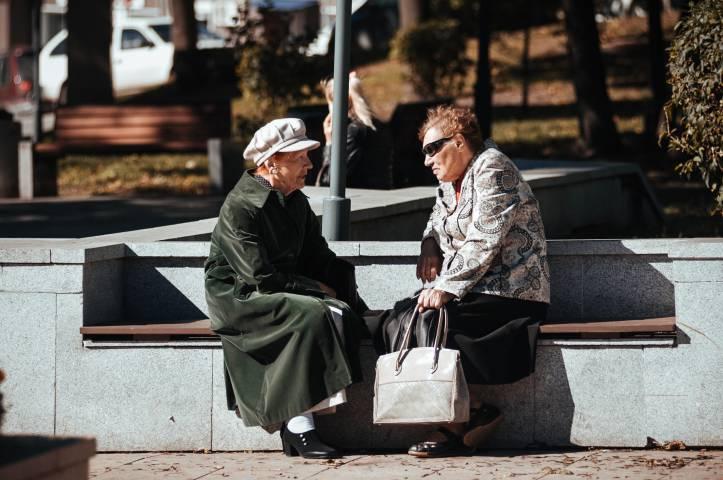 Во Владивостоке злоумышленник украл деньги у пенсионерки в почтовом отделении