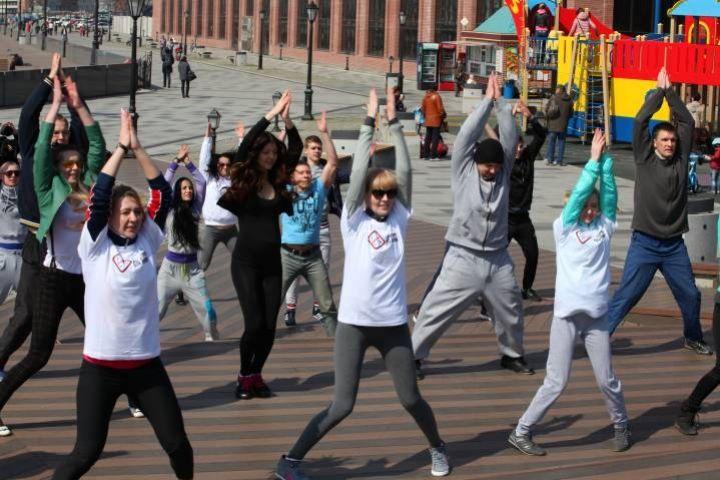 Жителей Владивостока призывают бежать по льду