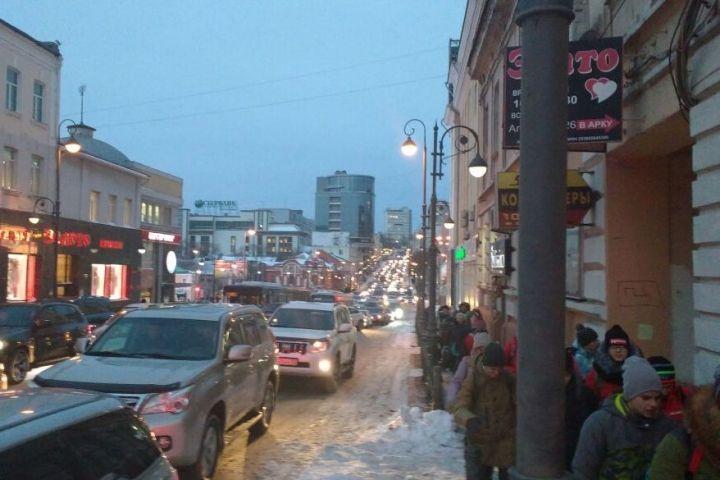В транспортную ловушку попали жители Владивостока