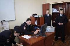 Во Владивостоке Toyota Crown украли с помощью эвакуатора