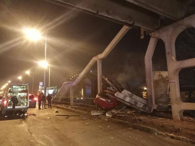 Въехавшего в виадук водителя привлекли к ответственности во Владивостоке