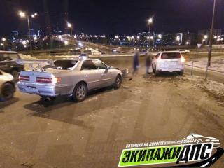 «Mark II в дрова»: гонки на скользкой дороге закончились плохо во Владивостоке