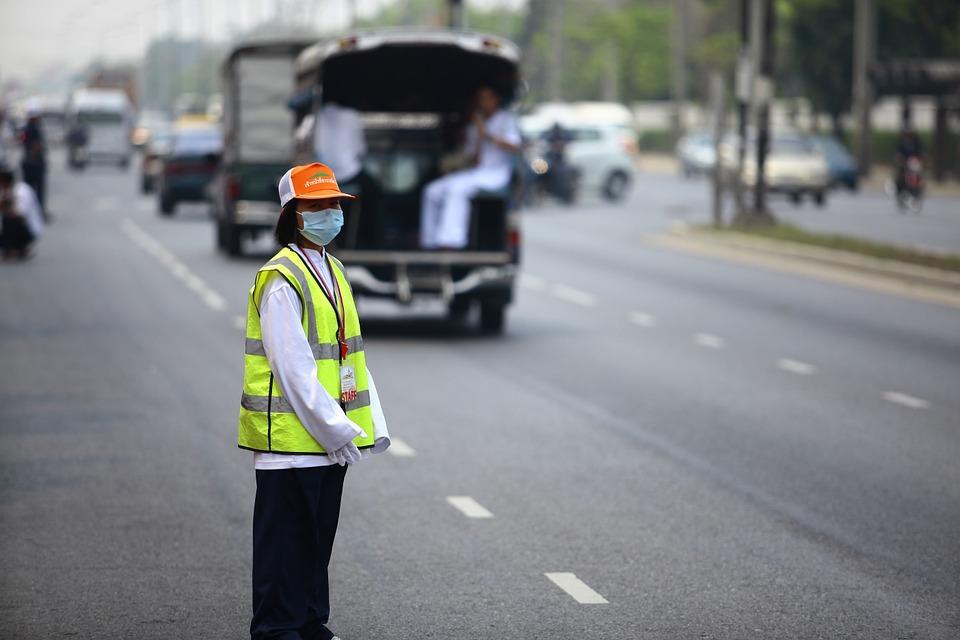 ВТаиланде перевернулся автобус стуристами. Шесть человек погибли, более десятка пострадало