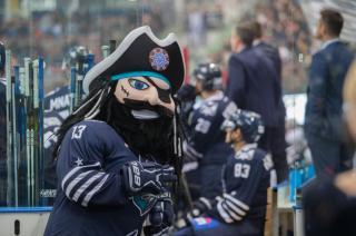 «Адмирал» одержал победу над омским «Авангардом» во Владивостоке