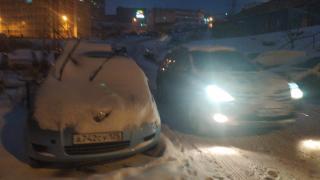 Фото: PRIMPRESS | Многочисленные «жертвы» снегопада в столице попали на камеру