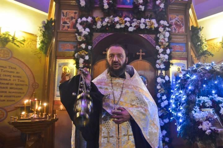Протоиерей Максим Романенко: «Храм – это больница, врач там – Господь, а батюшка – руки Божьи»